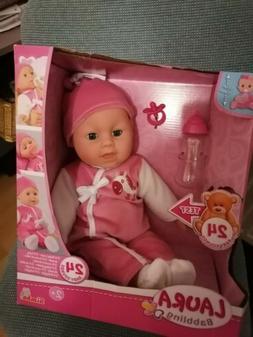 Simba 105140488 - Laura Babbling / Baby Babypuppe Mit 24 Bab