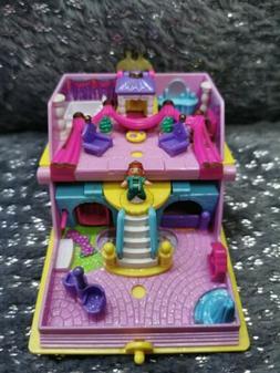 Mini Polly Pocket Book Princess Palace mit Figur